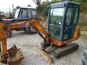 HANIX H15B PLUS COMES WE 3 BUCKETS 2067HRS YEAR 2006